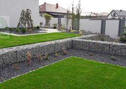 murek oporowy w nowoczesnym ogrodzie
